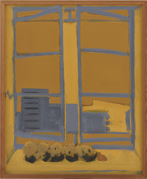 Fenster vor gelbem Hintergrund