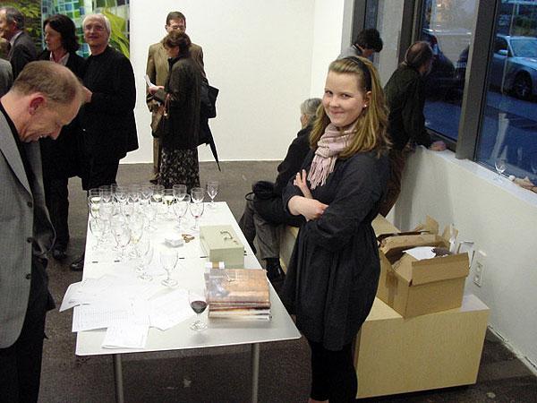Menschen in der Ausstellung